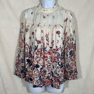Lucky Brand floral top. Open sleeves size S.